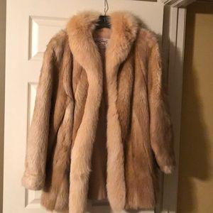 Jackets & Blazers - Real fur fox coat. Golden brown.